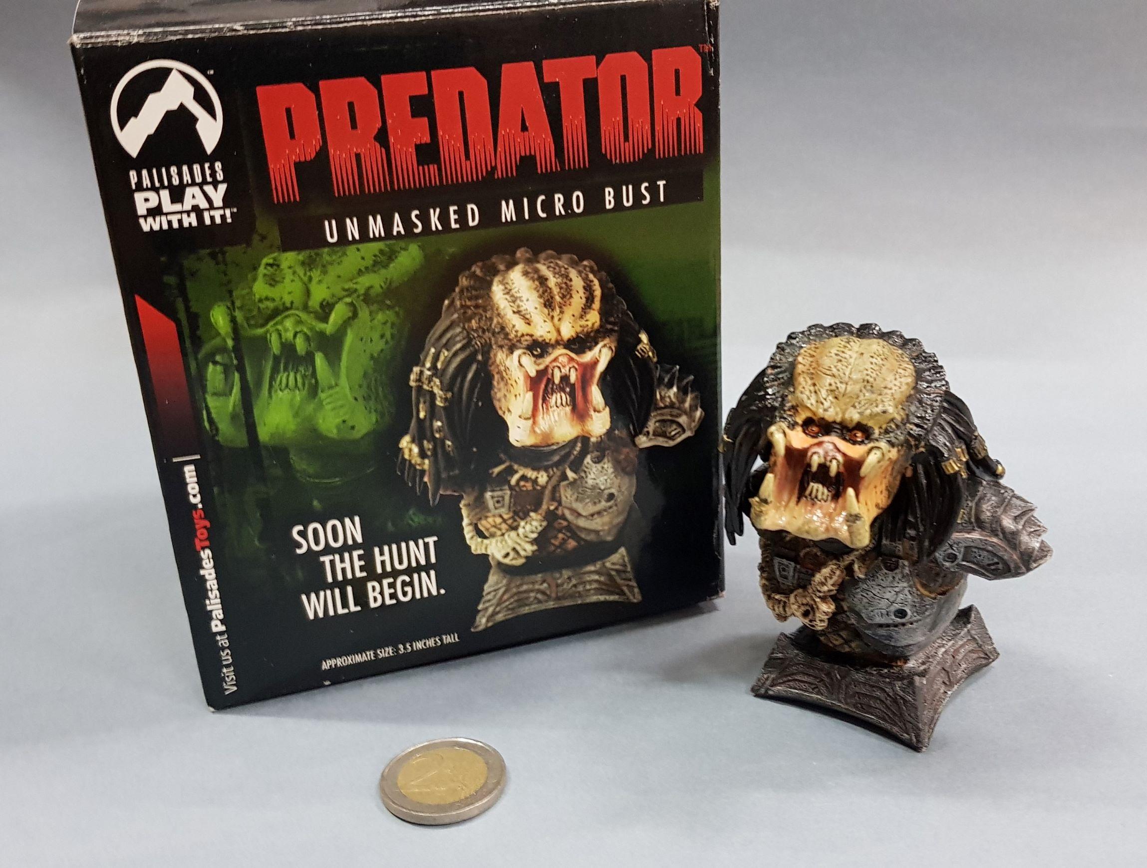 PREDATOR – Unmasked micro bust